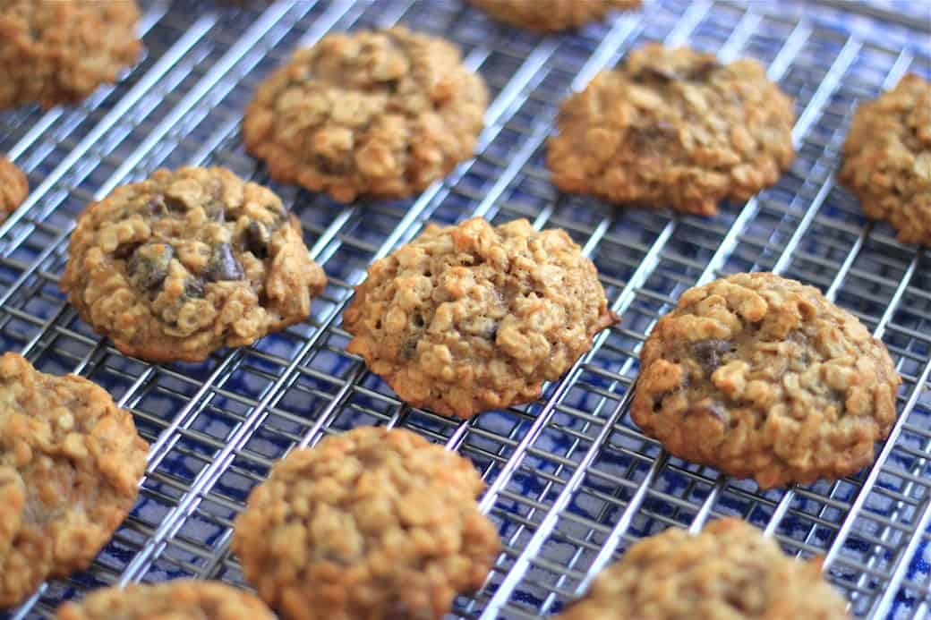 Oatmeal Peanut Butter Banana Chocolate Chip Cookies are full of oats ...