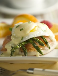 smoked-salmon-eggs-benedict-029