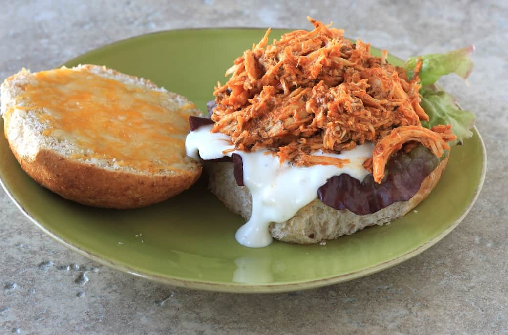 slow cooker buffalo chicken sandwiches - greens & chocolate