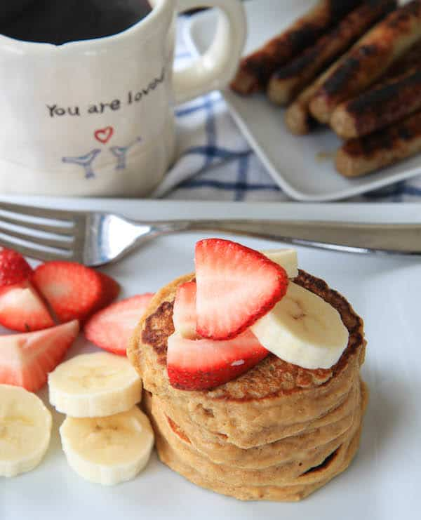 sunday morning pancakes {a photo journal}