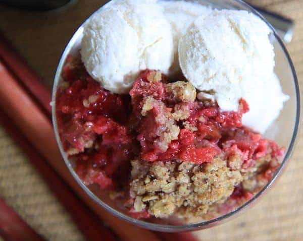 raspberry rhubarb crisp | greens & chocolate