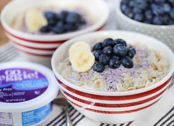 Old Fashioned Oatmeal with Blueberry Cream Cheese Swirl