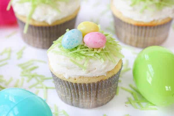 Easter Lemon Cupcakes with Lemon Buttercream Frosting