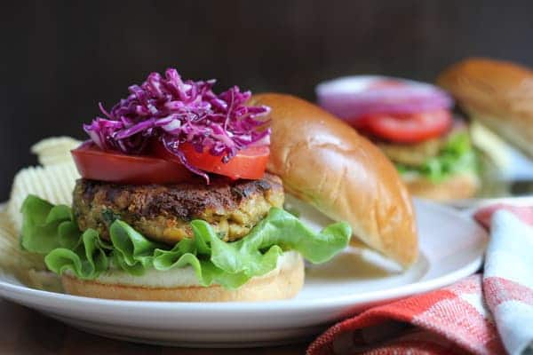 chickpea_burger_8740-1