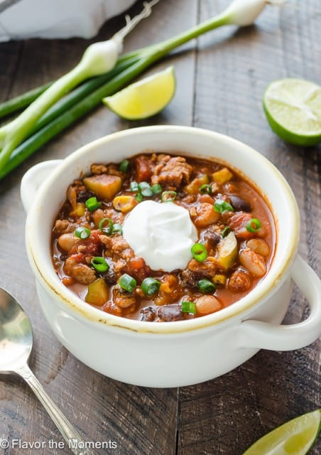 Easy Slow Cooker Turkey Chili