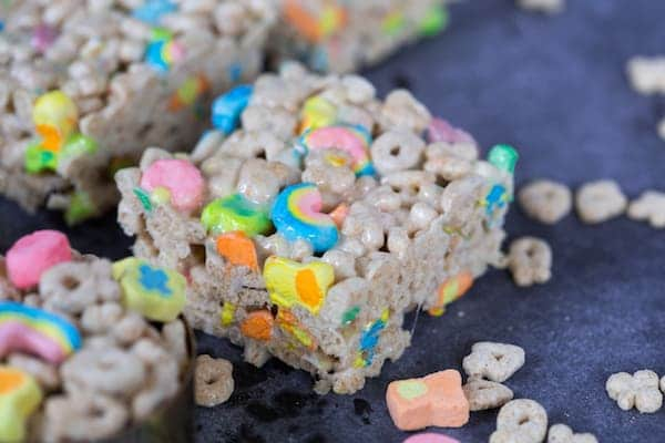 Lucky Charms Marshmallow Bars