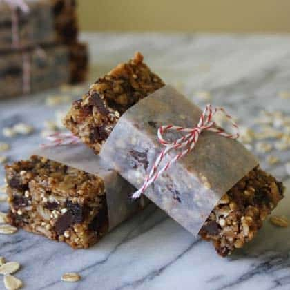 quinoa-oat-bars-420-an-recipe-spoonful