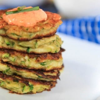 zucchini fritters with roasted red pepper dipping sauce