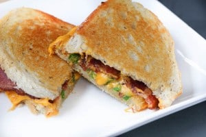 Bacon Jalapeno Grilled Cheese Sandwich
