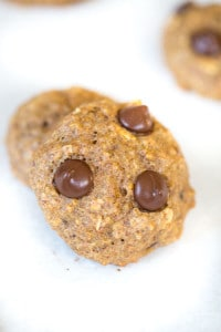 Banana Quinoa Chocolate Chip Cookies