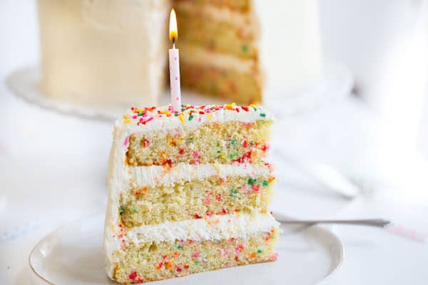 What Kind Of Sprinkles To Make Homemade Funfetti Cake