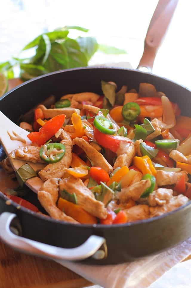 thai_basil_chicken_with_ginger_peanut_sauce_4