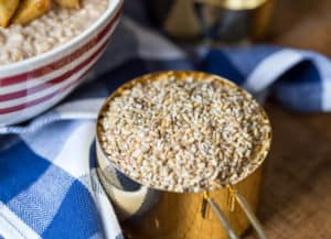 Overnight Cinnamon Apple Steel Cut Oatmeal