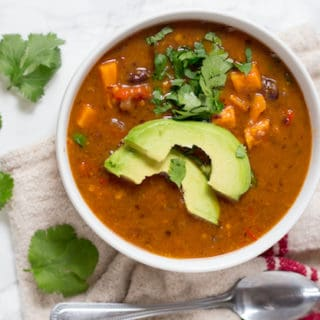Chipotle Sweet Potato and Black Bean Soup