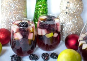 Spiced Blackberry Pear Sangria