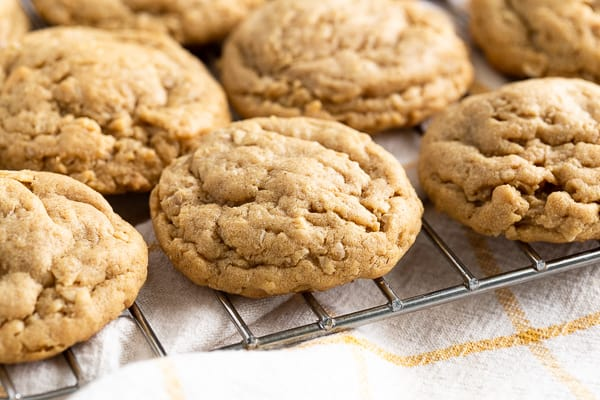 Peanut Butter Oatmeal Cookies