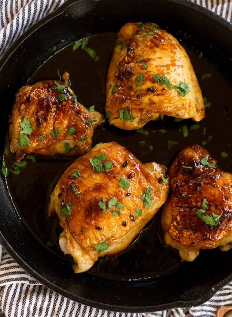 One Skillet Honey Garlic Chicken Thighs