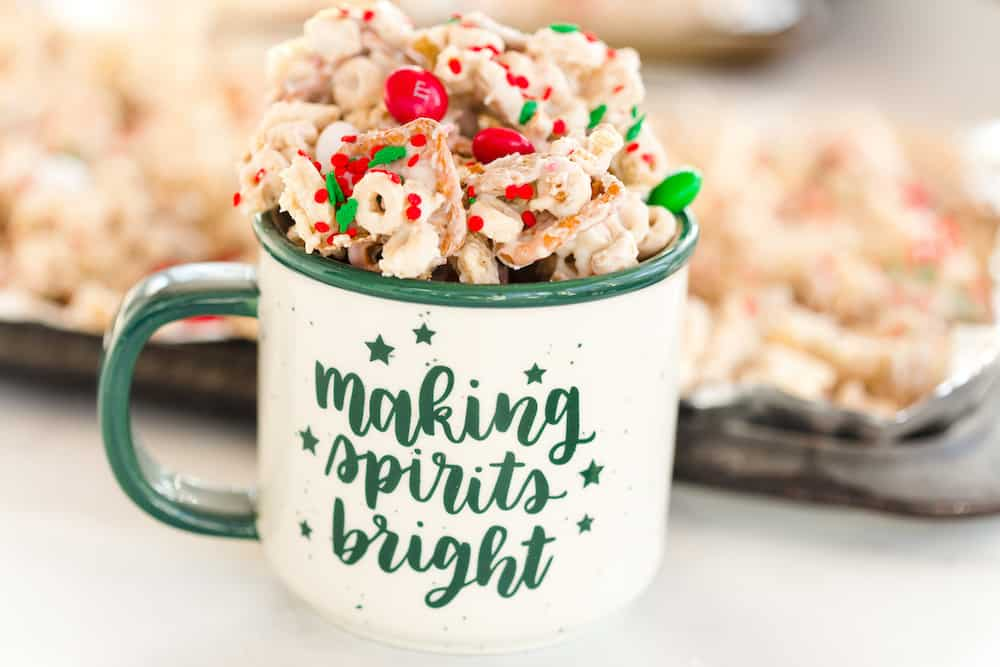 Peppermint Christmas Chex Mix